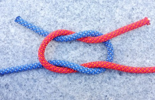 square knot picture step-by-step